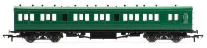 Hornby SR 58' Maunsell Rebuilt (Ex-LSWR 48') Six Compartment Lavatory Brake Composite, SR Olive - R4719