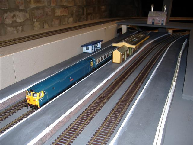 access to attic ideas - Model Railway Layout Page