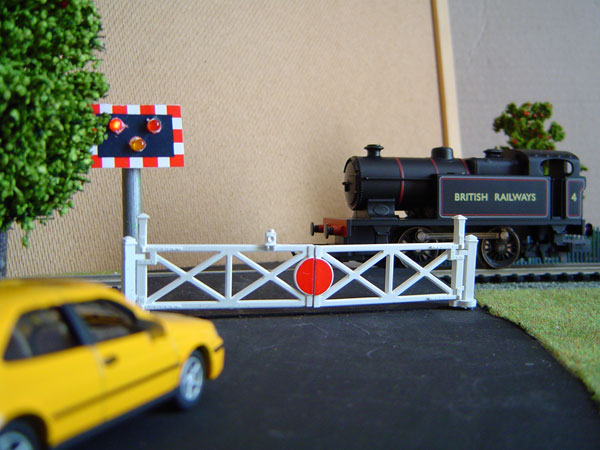 How to Build a Model Railway Crossing