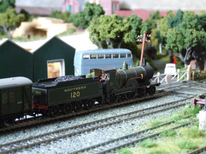 Hornby Drummond T9 'Greyhound'.