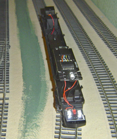 Hornby Model Railway Review - Hornby Virgin Pendolino (R2467X or R2467)