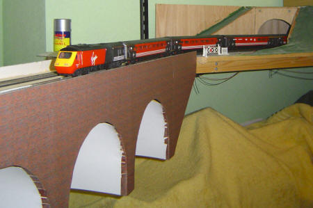 How to build a Model Railway Viaduct Bridge - Virgin HST on the viaduct